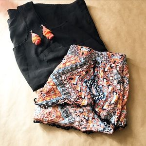 Super fun Aztec shorts